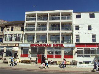 800px-edwardian_hotel,_blackpool_-_dsc07212