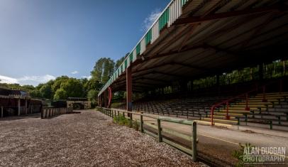 camelot-theme-park-jousting-arena-4